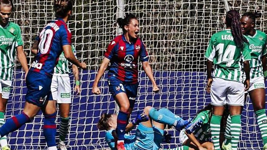 Núria Mendoza dona un punt al Llevant a casa (1-1)