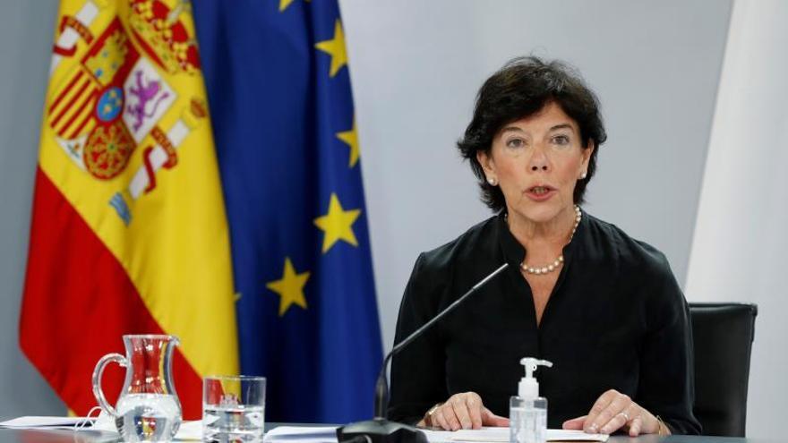 """Los profesores asturianos acusan a los políticos de """"controlar la educación"""" y utilizarla como """"arma arrojadiza"""""""
