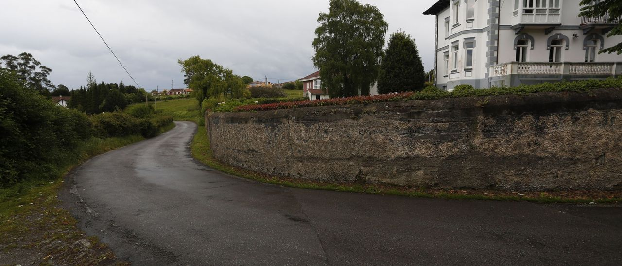 Un tramo de la carretera entre La Arena y Ranón, en una imagen de archivo.