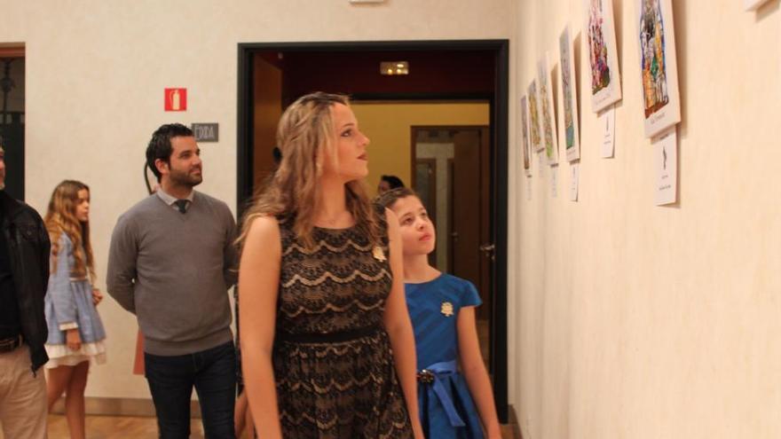 Paterna muestra los bocetos de sus monumentos