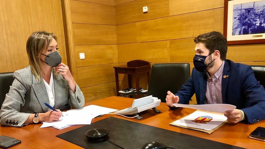 Caamaño y la Xunta trazan una hoja de ruta para ayudar a los catoirenses de más edad