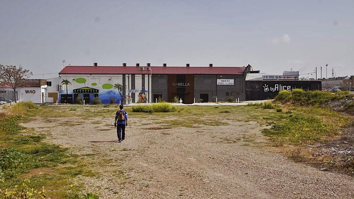 Zona de discotecas de las afueras de Zamora, donde se encuentra el local sancionado por abrir.