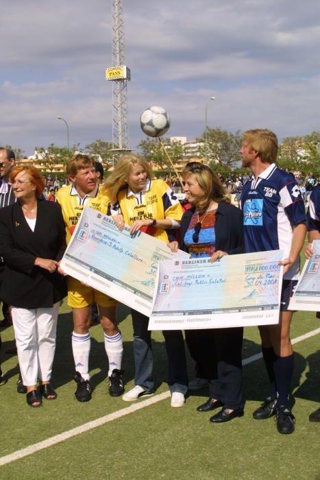 Claudia Schiffer, Margarita Nájera y Boris Becker en un partido benéfico de alemanes en Calvià
