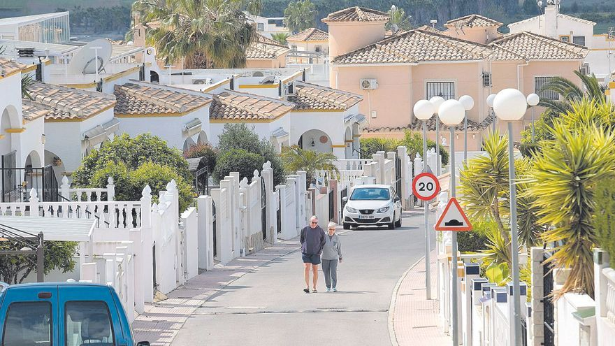 La edad de los extranjeros impide que puedan rejuvenecer las zonas rurales de la provincia de Alicante