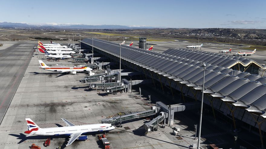 El sector aéreo operará un 2% más de vuelos en invierno y teme retrasos por la congestión del tráfico