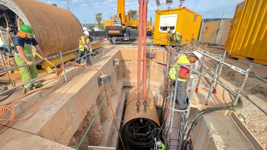 Arranca la excavación del tramo colector entre Vía Cintura y Camí Fondo