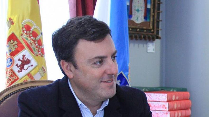 Alcaldes de Ferrolterra piden cuarentena a los madrileños que han ido allí
