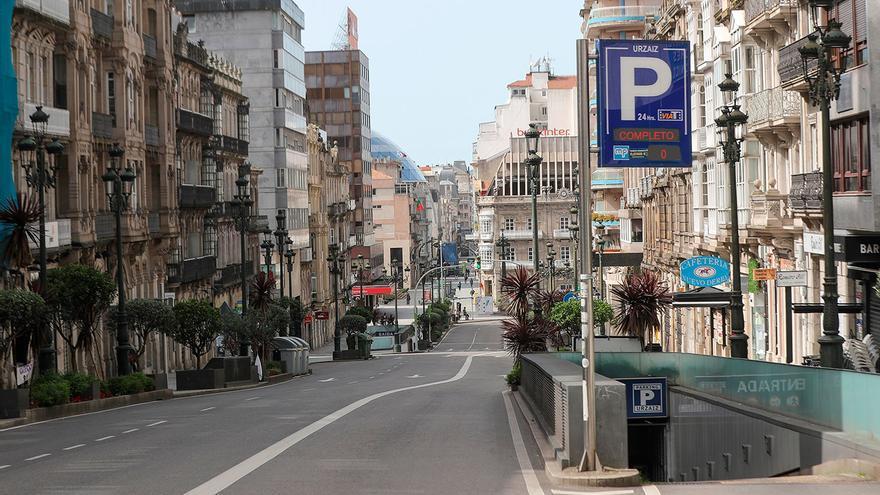 """El """"vía crucis"""" de alquilar plaza en los parkings del centro"""