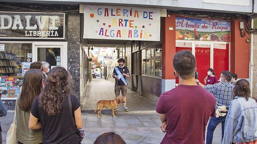 O Naranxo inaugura a mostra Colectiva Algarabía