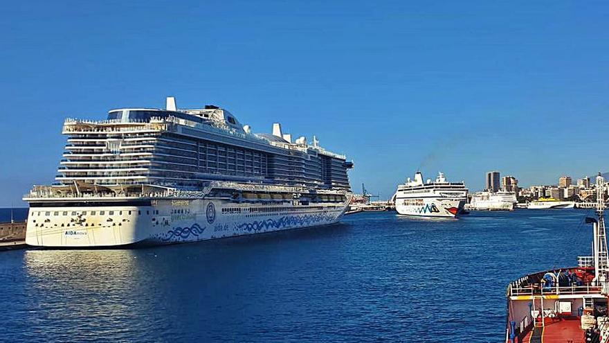 Los cruceros británicos preparan ya su regreso a Canarias con 40 viajes