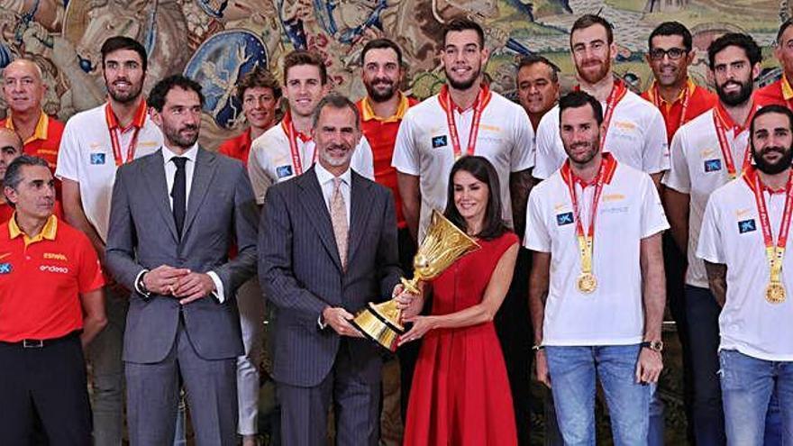 La selecció de bàsquet campiona del món, rebuda a la Zarzuela i la Moncloa