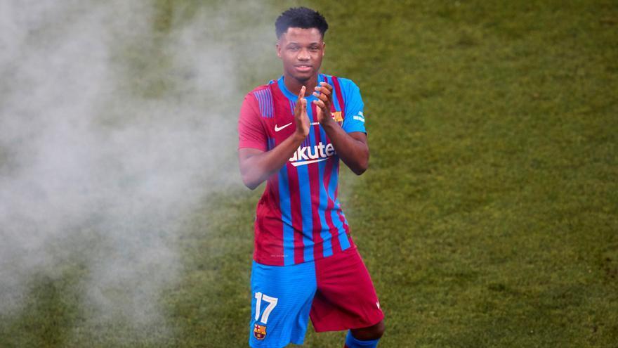 Ansu Fati hereda el '10' de Messi