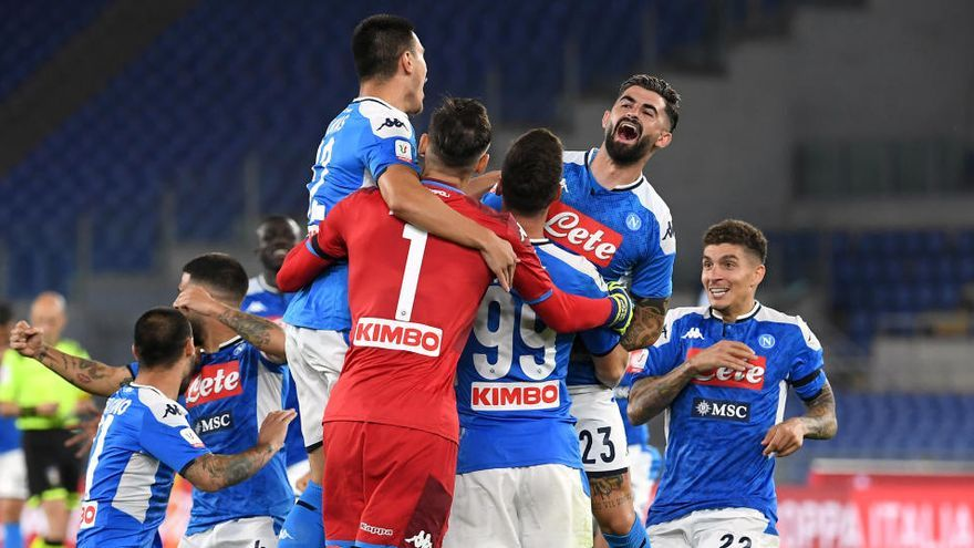 El Nápoles conquista la Copa por penaltis ante la Juventus