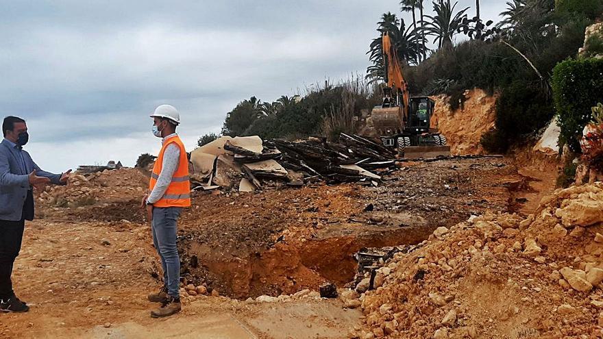 El alcalde de Peñíscola afea a Costas su «falta de valentía» para actuar en obras del litoral