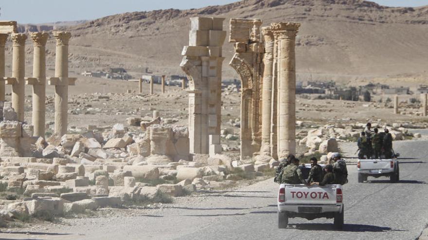 Los ejércitos sirio y ruso liberan por completo Palmira