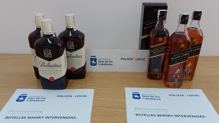Detenido en Ejea con ropa interior adaptada para robar botellas