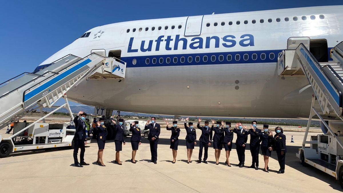Die Boeing 747-8 nach der Landung in Palma.