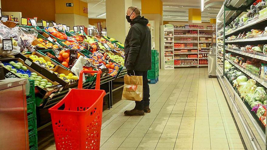 """El """"efecto Filomena"""" condiciona la llegada de frutas y verduras a Zamora"""