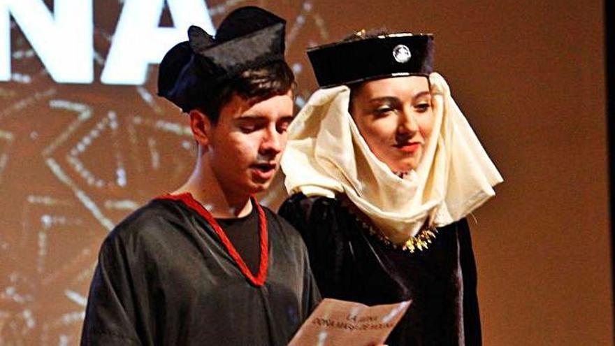 El IES María de Molina de Zamora traslada el aula al escenario