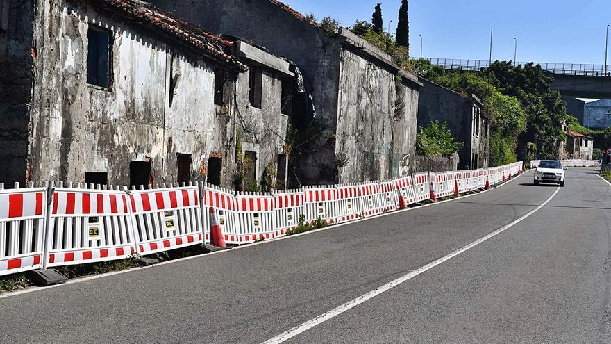 El Concello prepara la demolición de las casas en ruinas de San José