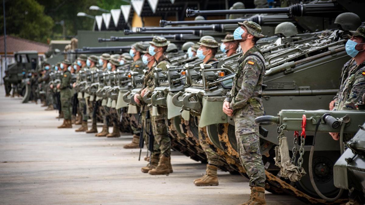 Militares de la BRI X listos para el ejercicio.