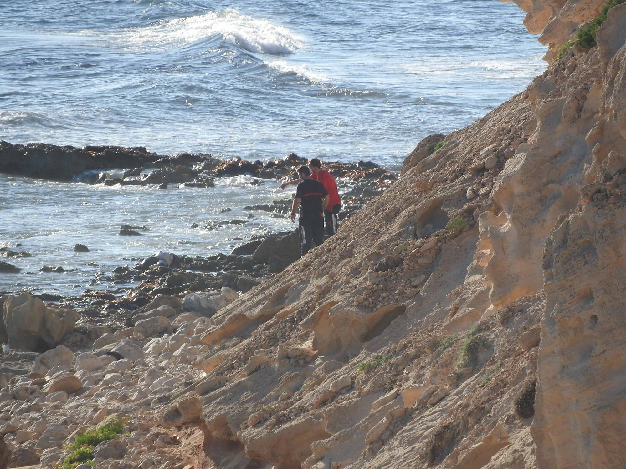 Todas las imágenes del cadáver que ha aparecido flotando en Formentera