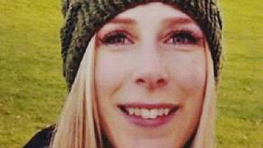 Una canadiense, primera víctima identificada