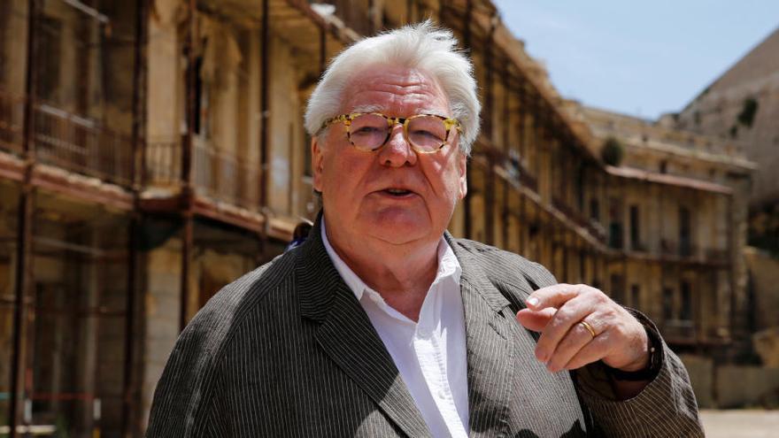 Muere a los 76 años el director británico Alan Parker