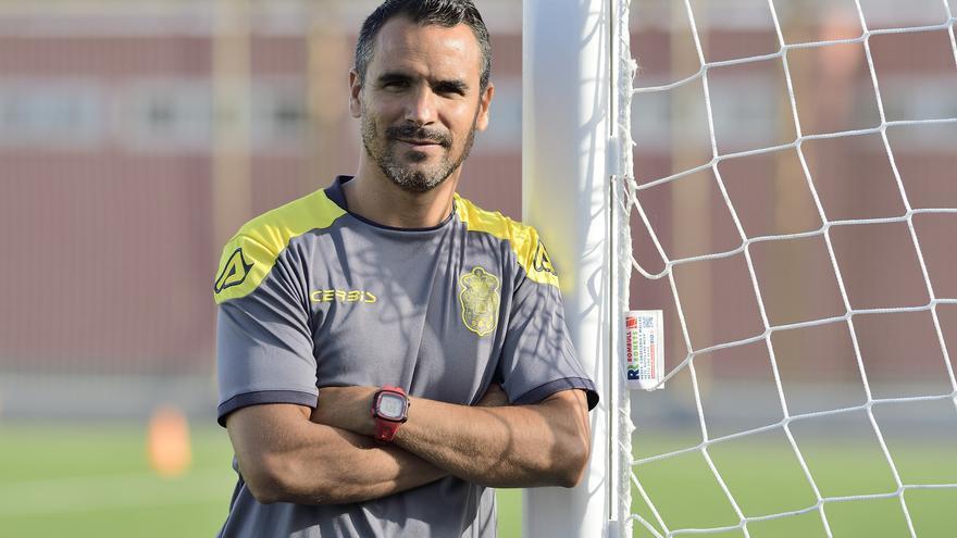 Ángel López deja el cargo en el banquillo de la UD Las Palmas