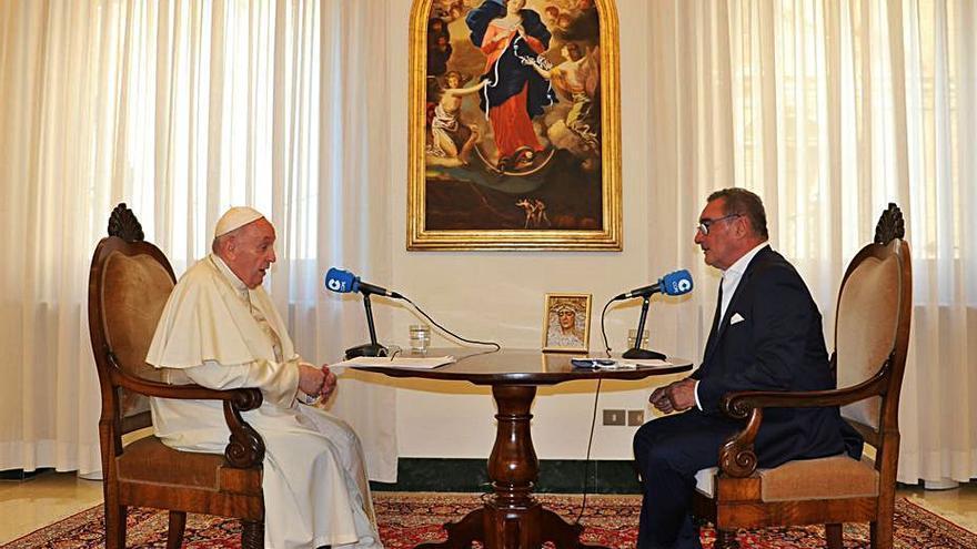 El Papa no descarta visitar Santiago con motivo del Xacobeo aunque asegura que aún no está decidido