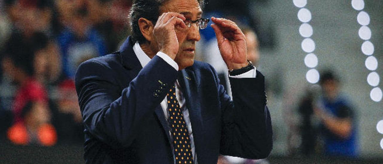 Luis Casimiro no se fía de la mala pretemporada del Iberostar Tenerife.
