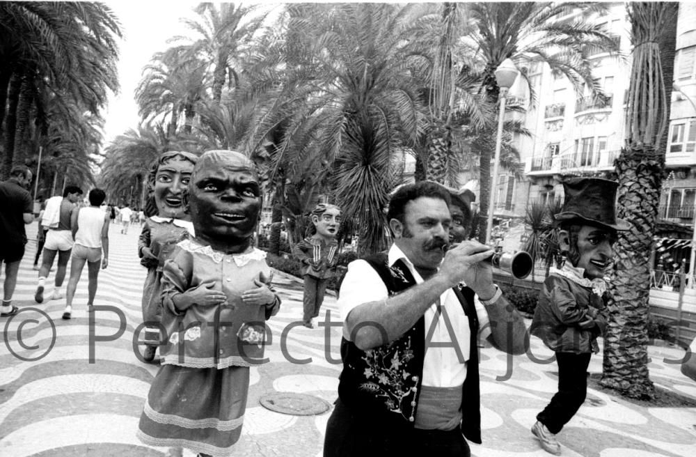 HOGUERAS 1985