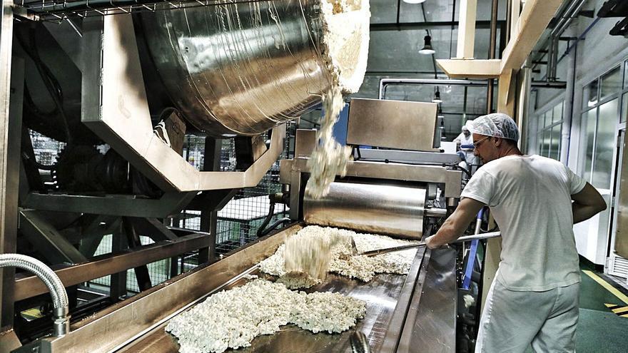 El aumento del consumo de chocolate en el confinamiento tira de las ventas de Antiu Xixona