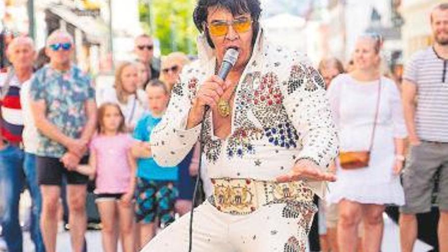 Récord Guinness: 50 horas cantando a Elvis