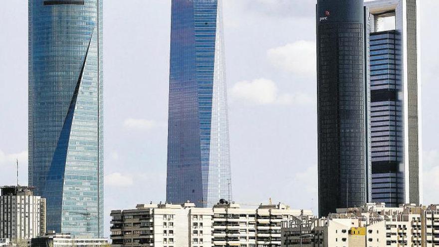 """Las """"big four"""" se lanzan al negocio de los fondos europeos"""