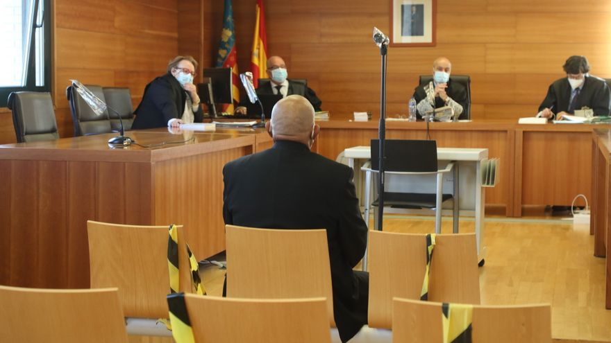 Una cuarentena de covid-19 obliga a aplazar un juicio por maltratar y abusar de una hijastra en Castellón