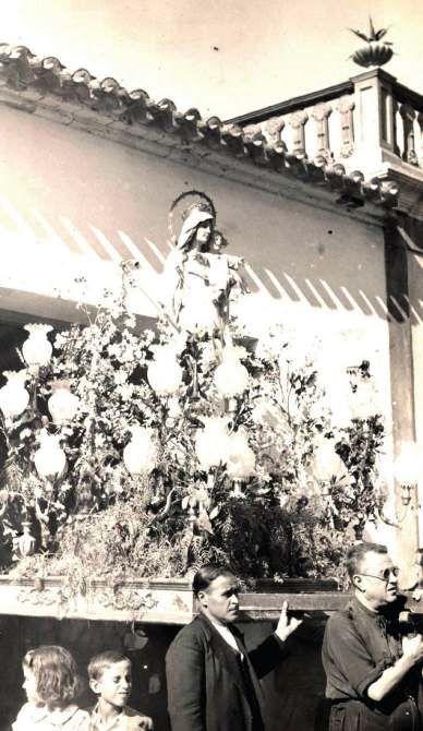 Foto antigua de la procesión