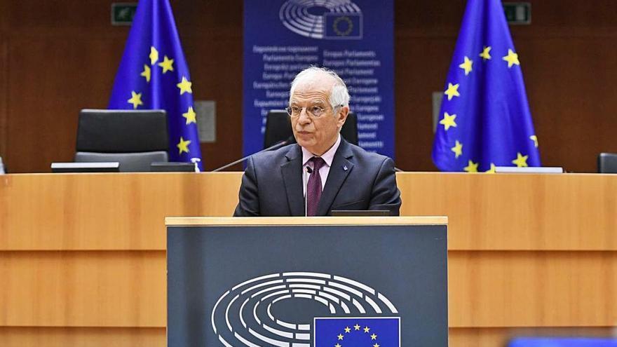 Borrell obre la porta a noves sancions a Rússia i demana unitat