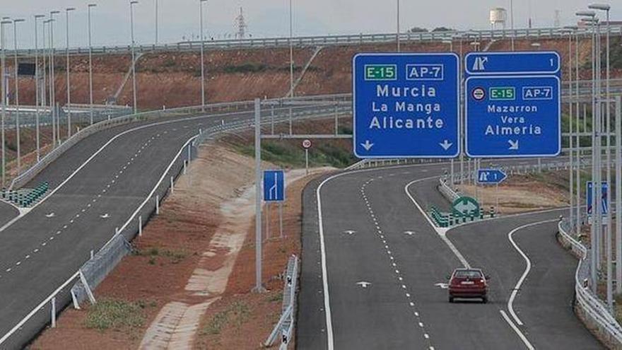 La AP-7, una de las tres únicas autopistas españolas que sube tarifas en 2021