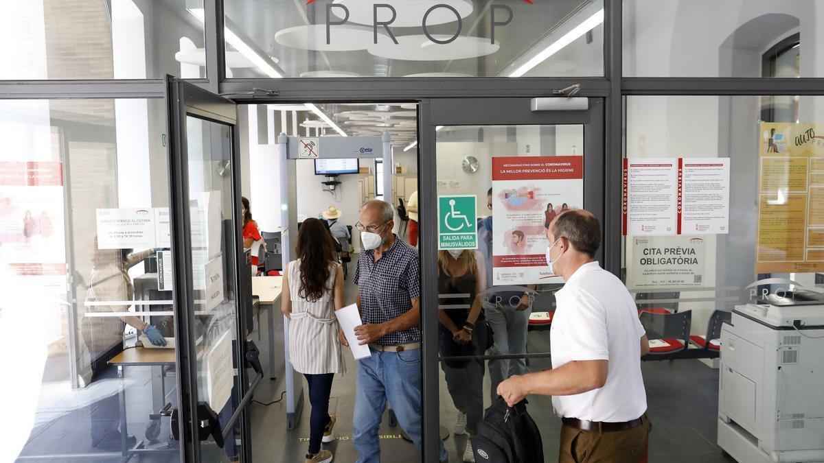 La Generalitat convocarà 719 places noves de personal funcionari