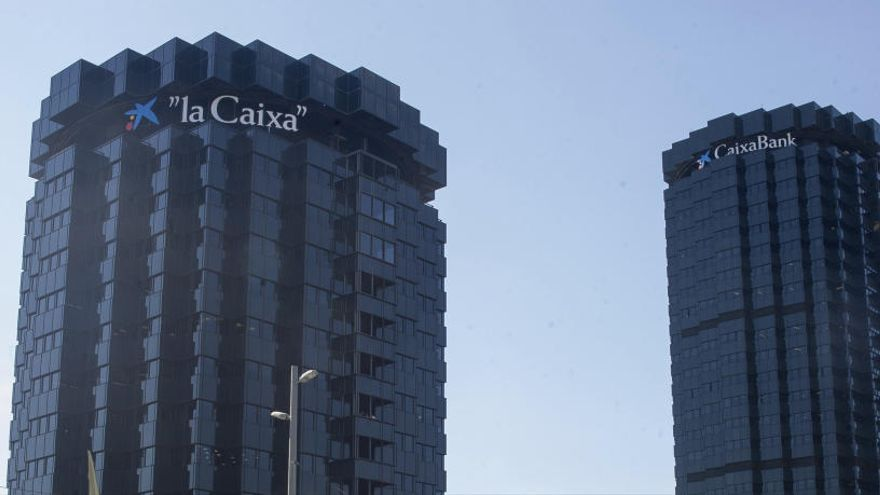 CaixaBank gana un 53,4% más tras su mejor trimestre