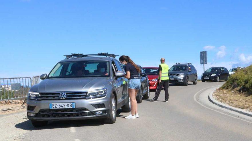 La regulació al cap de Creus d'aquest estiu ha evitat l'entrada de 12.000 vehicles a les cales de Roses