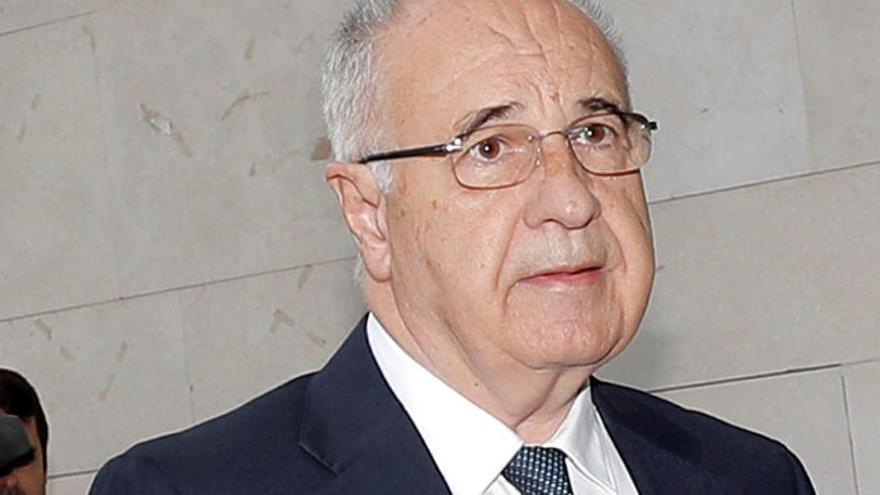 Blasco defiende su honestidad tras admitir 4 delitos en su pacto con el fiscal
