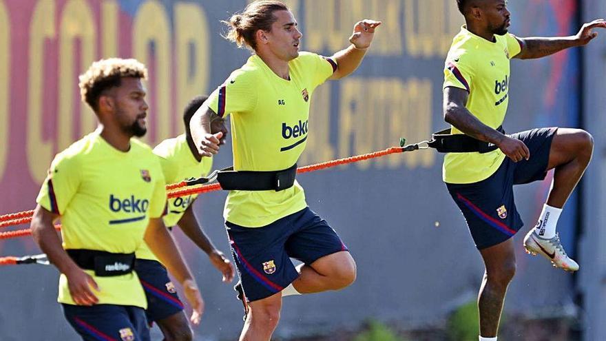 Dembélé i Griezmann fan part de l'entrenament amb el grup