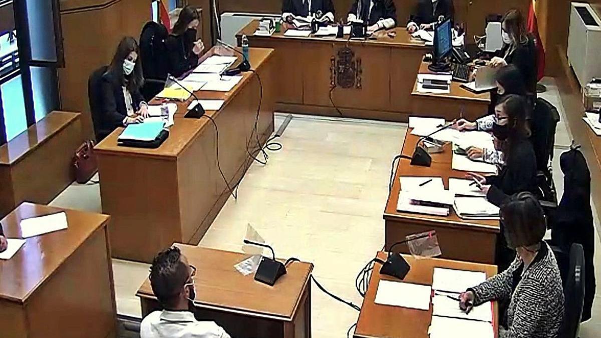 Un dels acusats en la seva declaració durant el judici