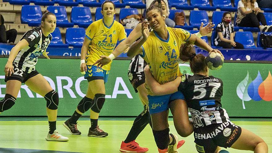 El Rocasa arranca la fase por el título con una victoria ante el Rincón Fertilidad (23-25)