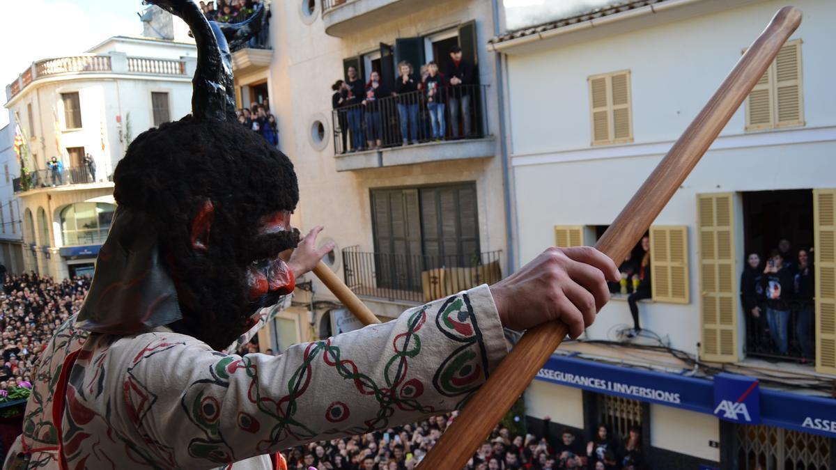 """Miquel Oliver, alcalde de Manacor: """"Al final, el hecho de que haya fiestas de Sant Antoni o Navidad, solo depende de cada uno de nosotros""""."""