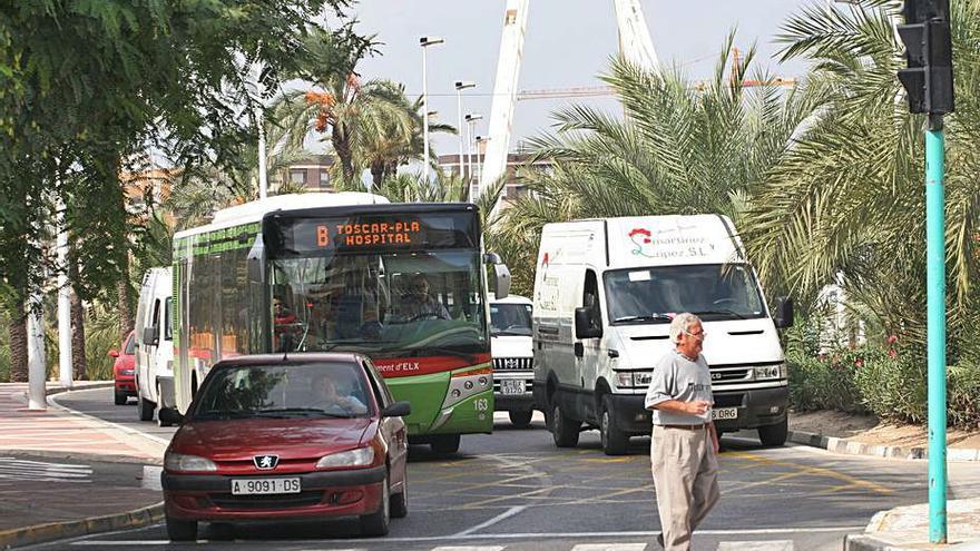 Elche invertirá 234.000 euros en nuevos semáforos