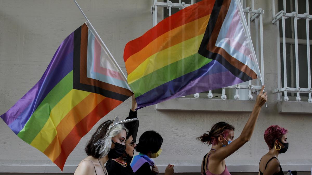 Desfile del Orgullo LGTBI en Estambul.
