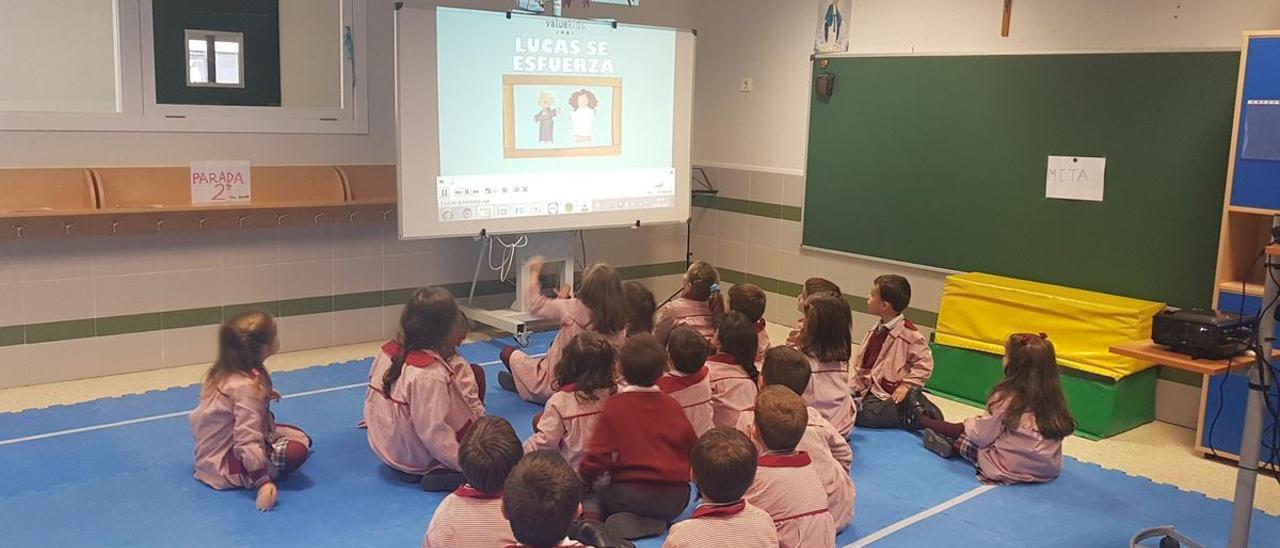 Taller de finanzas para niños de ValueKids impartido en un colegio de Madrid.